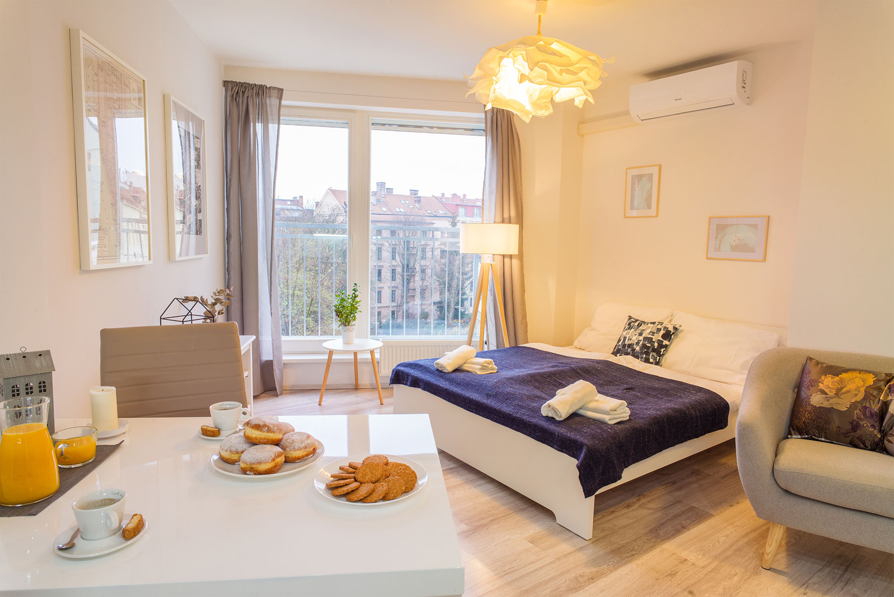 Central studio apartment Brno - studio arrangement