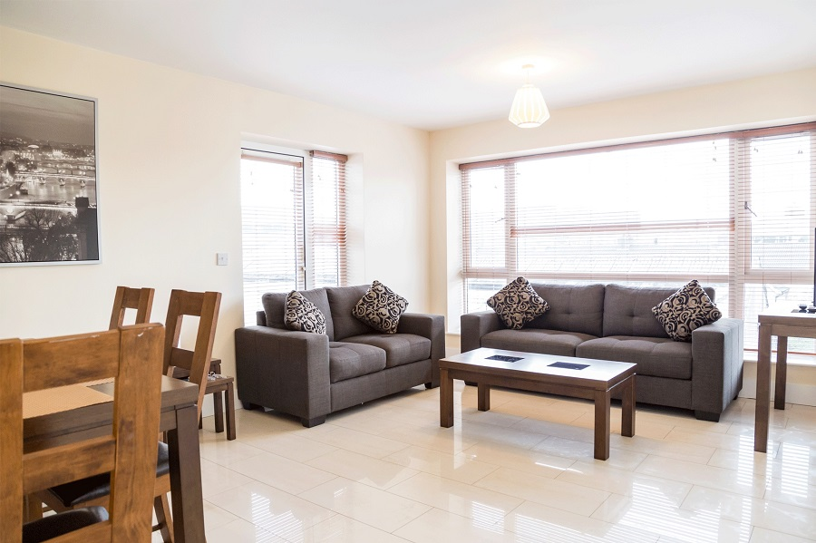Three bedroom apartment Dublin - featured image