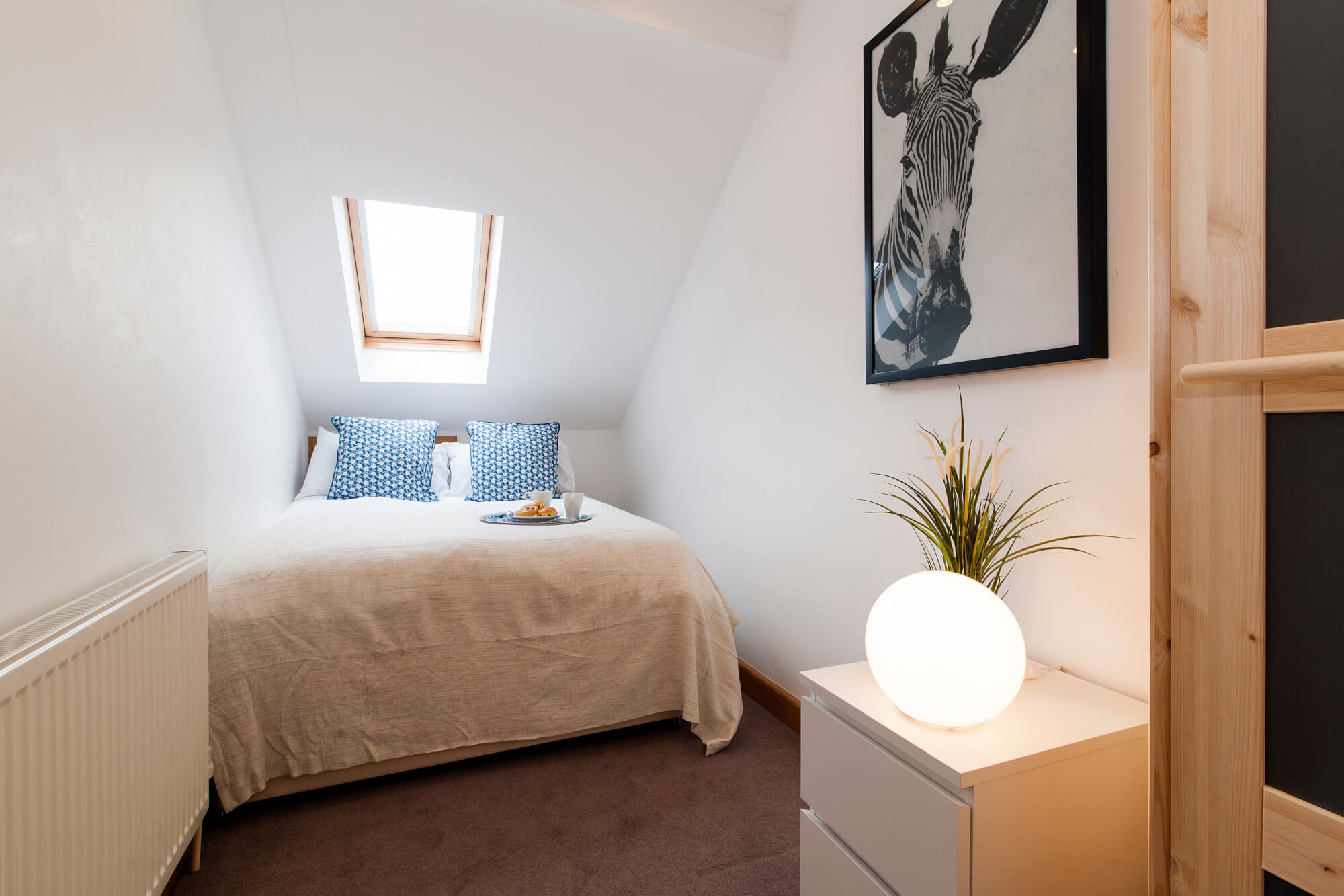 The Fulham Mirabel Gem III-bedroom-featured image - two bedroom serviced apartment london