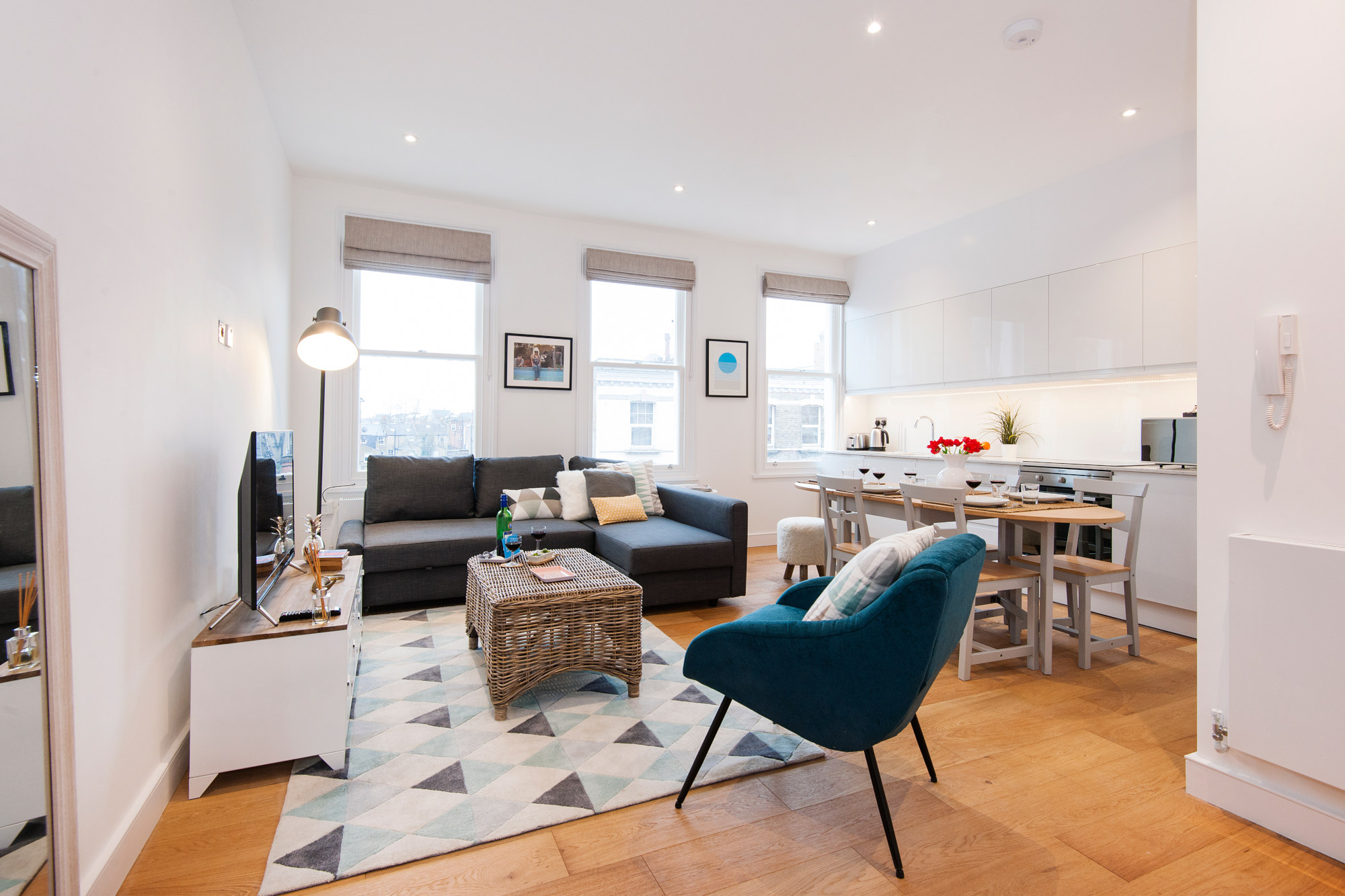 two bedroom family apartment london - living room
