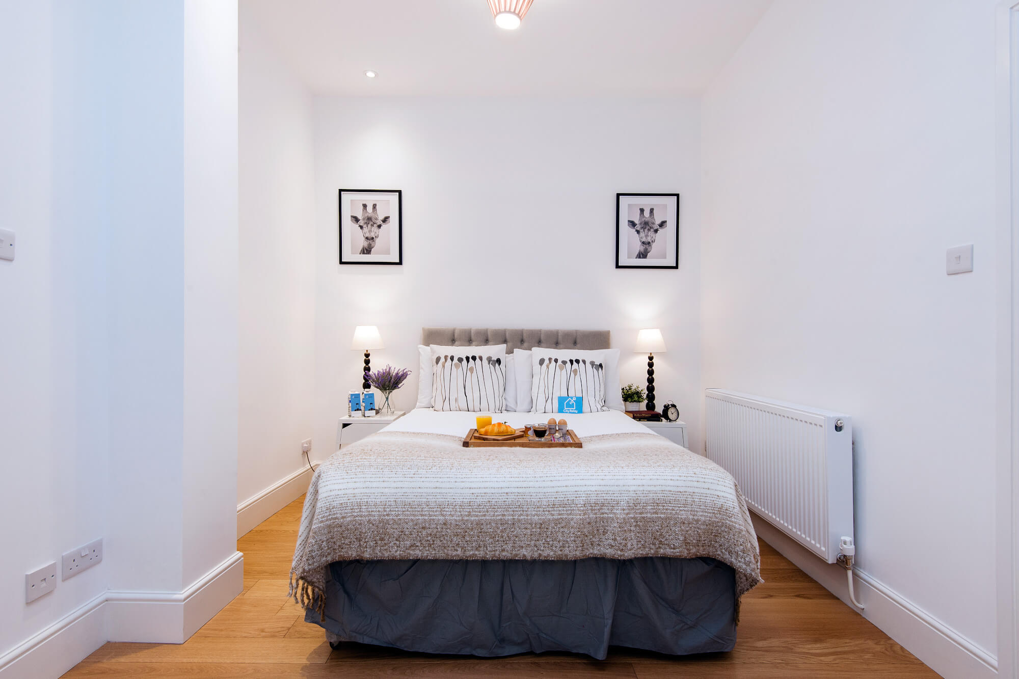 The North End Road Residence I - bedroom - king sized bed - one bedroom modern apartment london