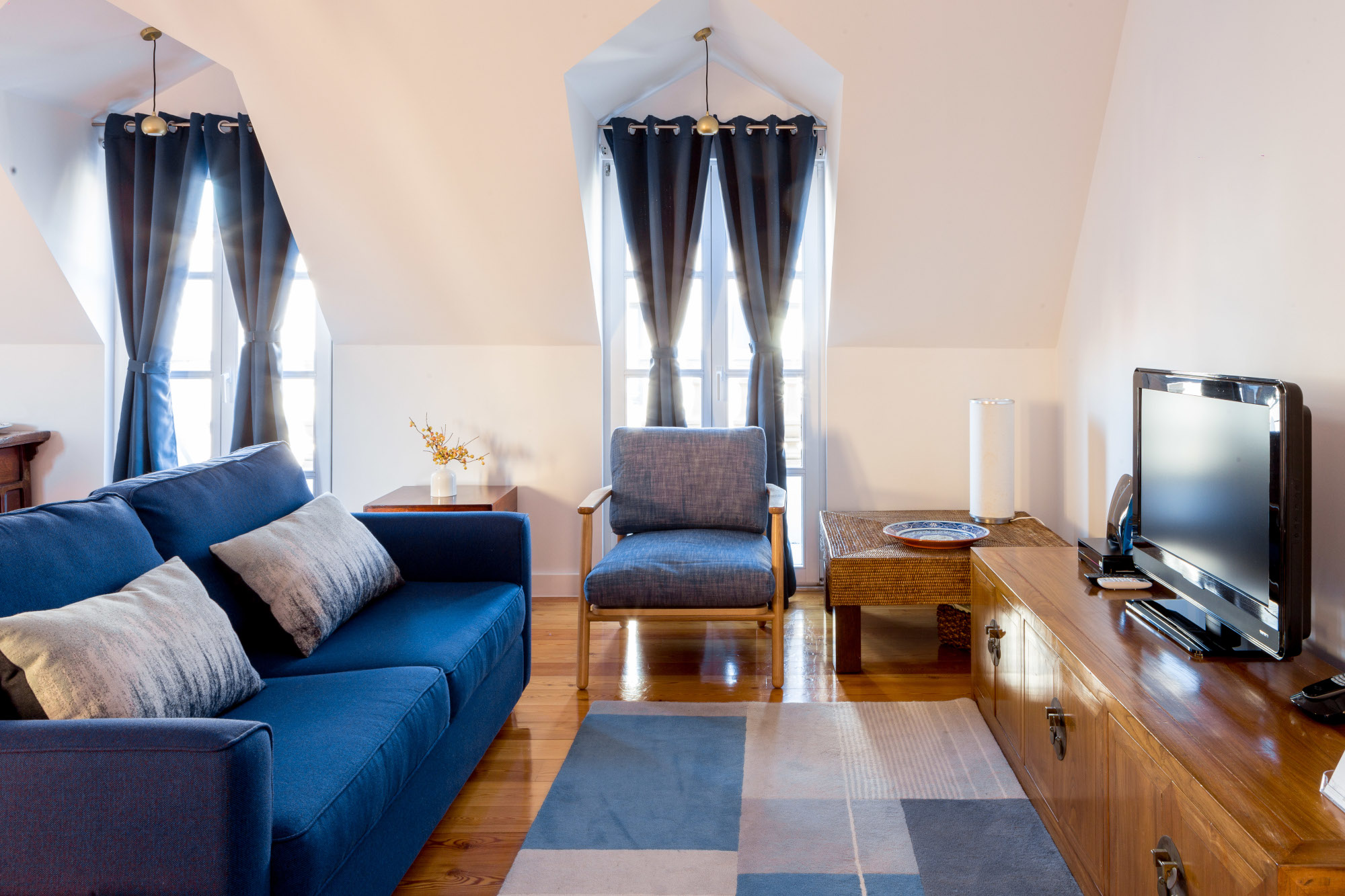 Two bedroom apartment Lisbon - living area