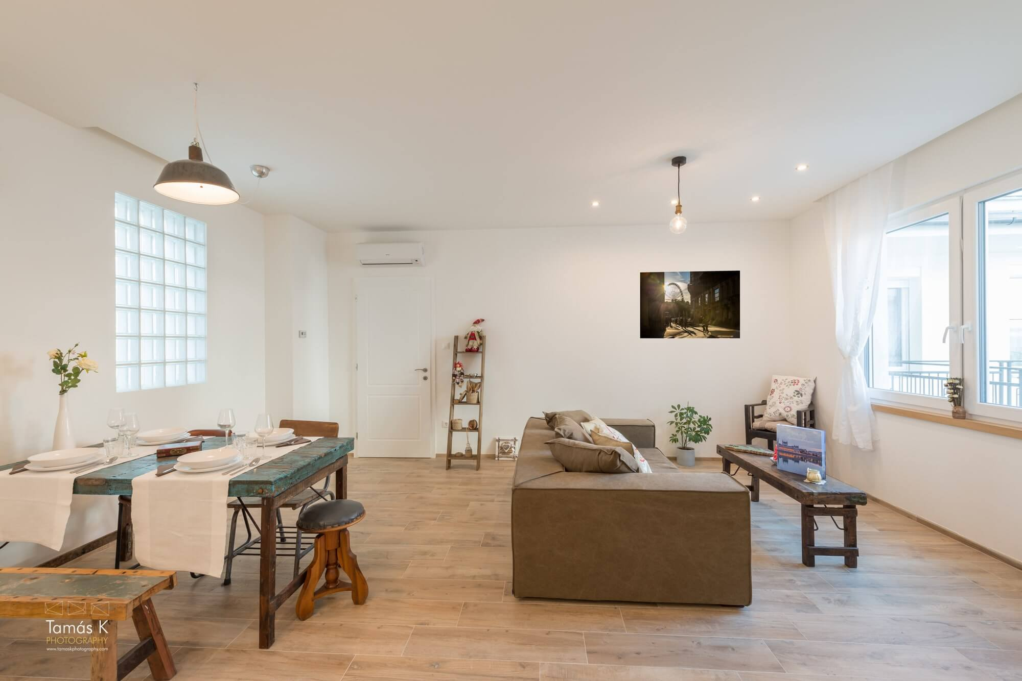 Serviced apartment Budapest - living and dining area
