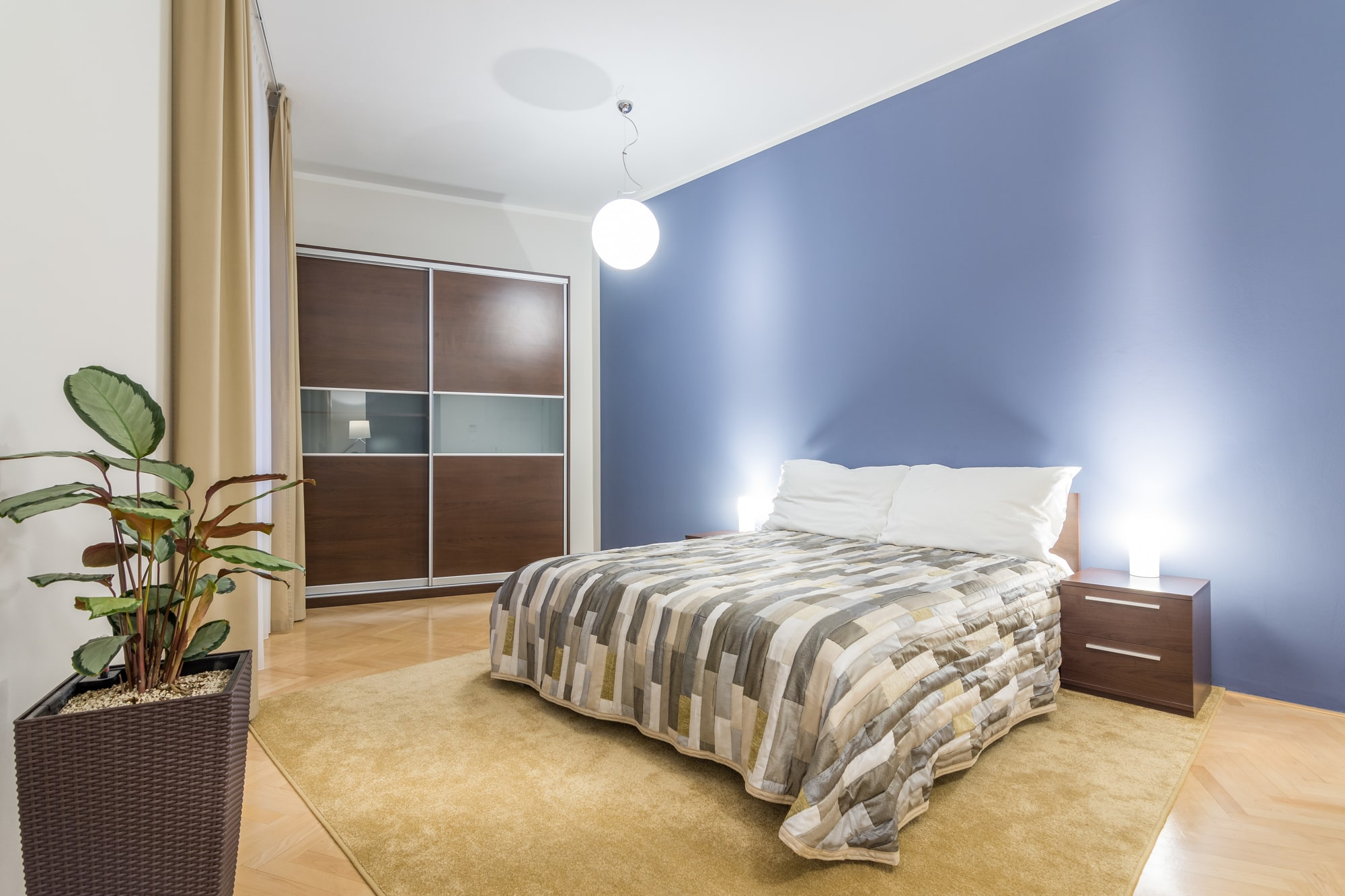 Quality assured apartment Prague - master bedroom - double bed