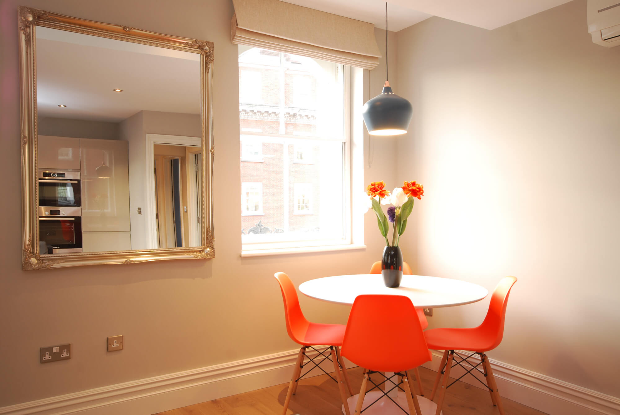 Two bedroom rental London - dining area