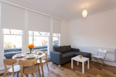 Sleek 2BR flat in Hither Green/by Mountsfield Park