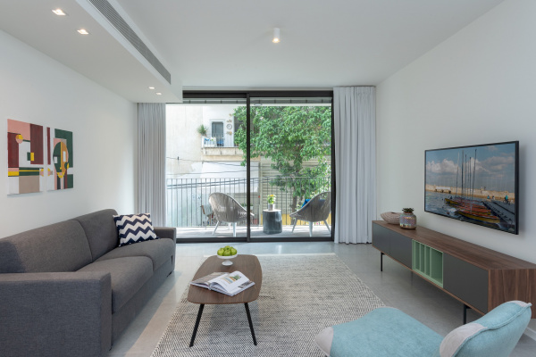 Tel Aviv, IL One Bedroom Apartment with Balcony