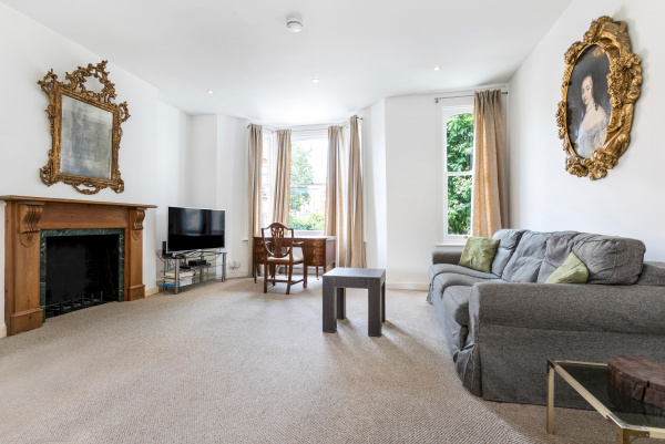 London, GB Cremorne Road - A traditional English Maisonette based in Chelsea