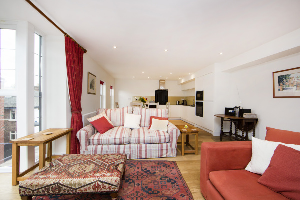 London, GB Broughton Road - Up-market and comfortable one bedroom apartment