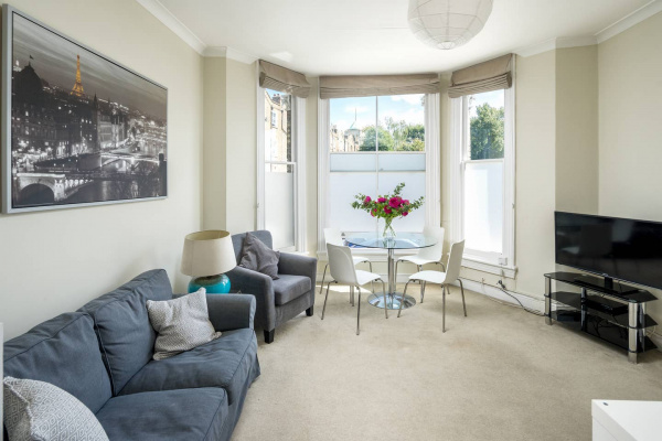 London, GB Lovely 2-bed flat in Shepherd's Bush, West London