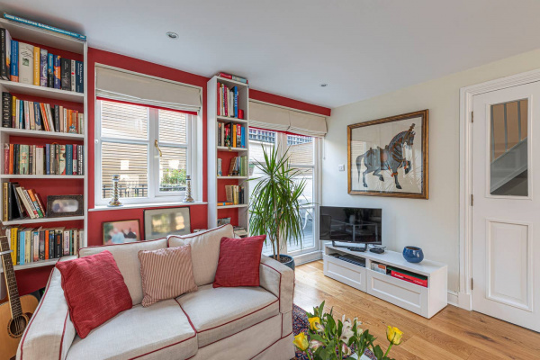 London, GB Lovely 2bed house in Wandsworth w/ backyard patio