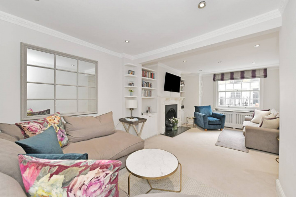 London, GB Lovely 4-bed house in Marylebone w/ patio