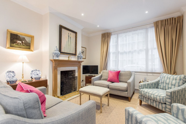 London, GB Stylish 3BR house w/patio, short walk to Regents Park