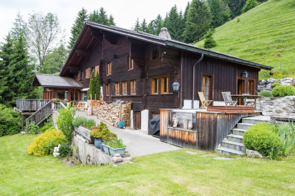 Gstaad, CH The Alps Wonder Chalet