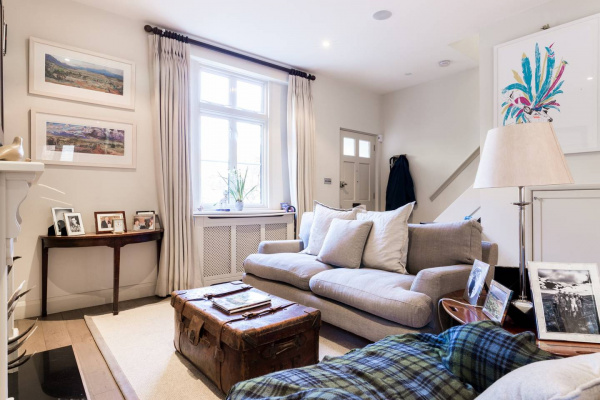 London, GB Charming 2bed house with private garden