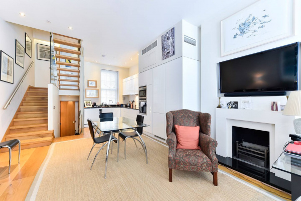 London, GB Elegant 3 bed apt with rooftop terrace in Pimlico