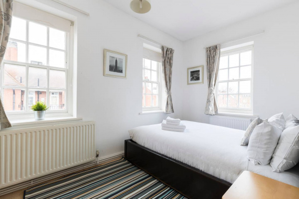 London, GB Charming 2 bed flat close to Big Ben (for 5)