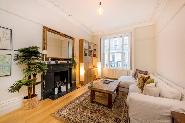 London, GB 2 Bed Flat in Paddington, near Hyde Park