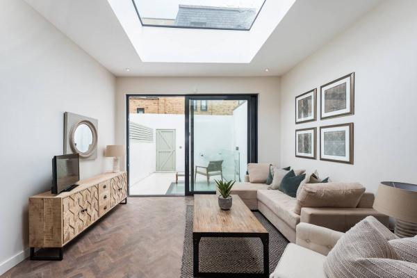 London, GB Modern, Bright & Elegant 3 Bed Fulham Maisonette