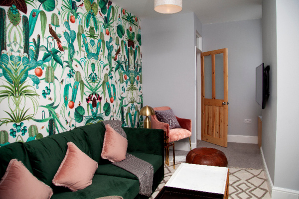 Oxford, United Kingdom, The Old Post Office – Bright & Modern 4BDR Townhouse with Private Garden