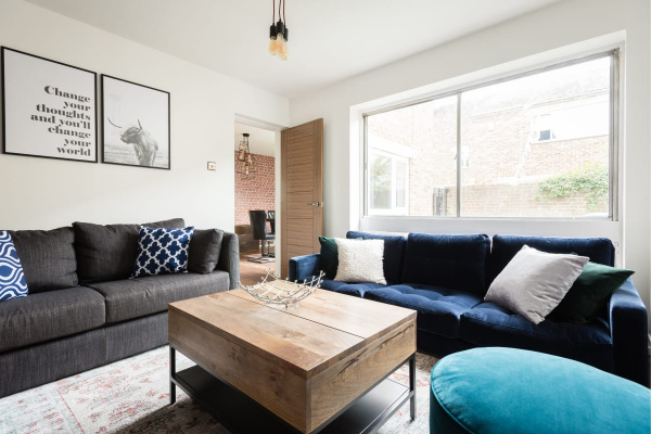 Oxford, GB Contemporary 2BDR Townhouse with Parking